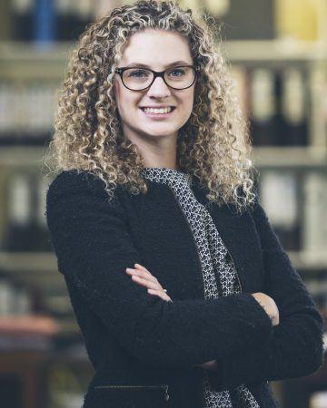 Laura E. Thom